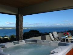 Acacia Bay's Tauhara Sunrise Lodge