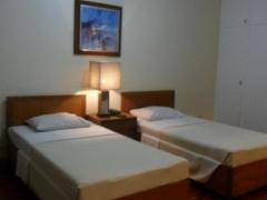 Amorsolo Mansion Apartments & Suites