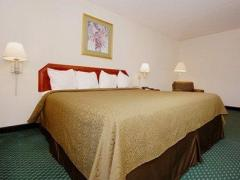 Ashland Inn & Suites