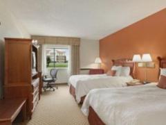 Baymont Inn and Suites Warren