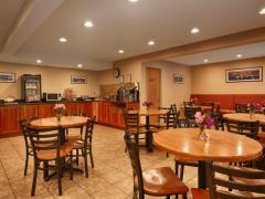 Best Western Plus Windjammer Inn & Conference Center