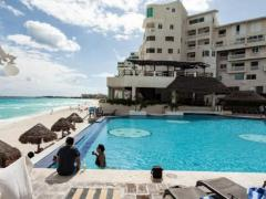 Cancun Plaza Condo Apartment