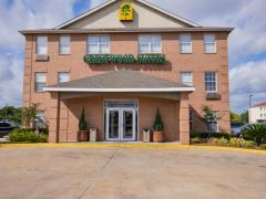 Crestwood Suites Houston 290 Galleria