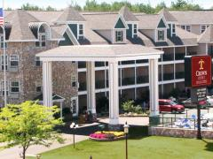Crown Choice Inn & Suites Lakeview and Waterpark