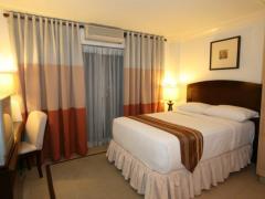 Crown Regency Suites Mactan