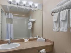 Days Inn and Suites Cochrane
