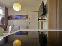 Deluxe Apartments Primi