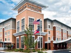 DoubleTree by Hilton Hotel Savannah Airport