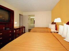 Econo Lodge Inn & Suites Carrollton