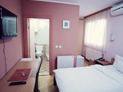 Garni Hotel Radović