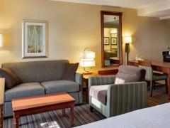 Hampton Inn & Suites Toronto Airport Ontario