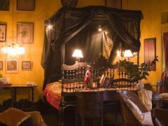 Helga's Folly Hotel - Chalet Hotel Ltd