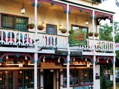 Historic National Hotel & Restaurant