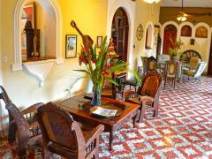 Hotel Los Balcones Leon