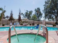Howard Johnson Inn Bakersfield