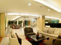 Iris Park Hotel