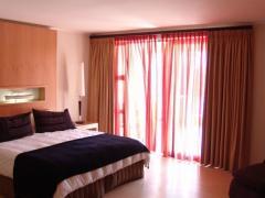 Island Club Hotel & Apartments