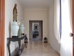 Kometa Suites & Apartments