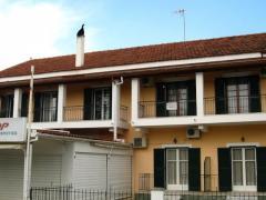 Manos Studios & Apartments