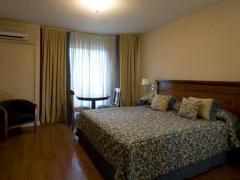 Millennium Condominio Suites