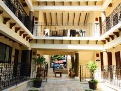Nina Hotel