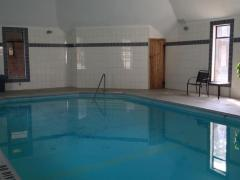 North Pointe Inn and Suites