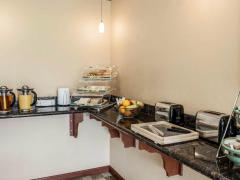 Quality Inn and Suites Greenfield Hotel