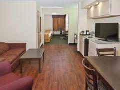 Quality Inn & Suites Mobile