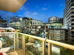 Quest Docklands Apartment Hotel