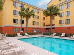 Red Roof Inn Plus+ Gainesville