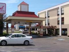 Red Roof Inn & Suites Columbus West Broad