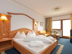 Small & Beautiful Hotel Gnaid