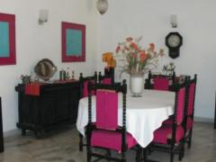 Srivastav.INN- Premier Bed and Breakfast