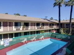 Studio City Courtyard Hotel