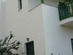 Studios & Apartments Vrettos