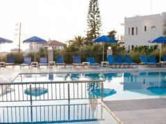 Varouxakis Hotel