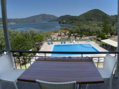 Vliho Bay Suites & Apartments