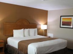Westbridge Inn & Suites