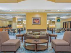Wingate by Wyndham Fredericksburg Conference Center