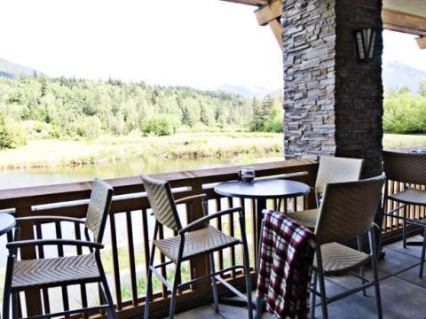 Executive Suites Hotel and Resort, Squamish