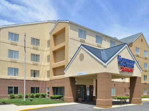 Fairfield Inn and Suites Mt. Laurel