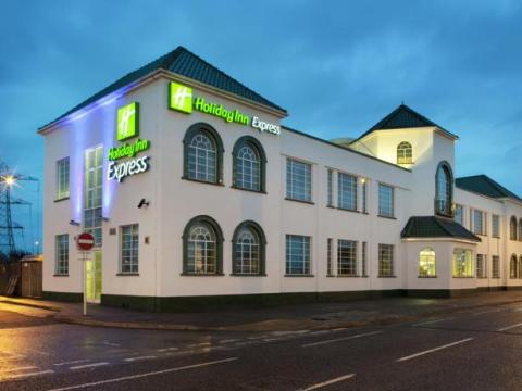 Holiday Inn Express London Chingford
