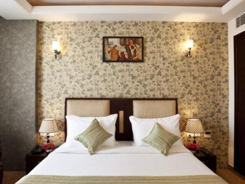 Hotel Saptagiri
