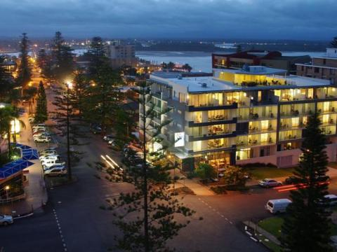 Macquarie Waters Boutique Apartment Hotel